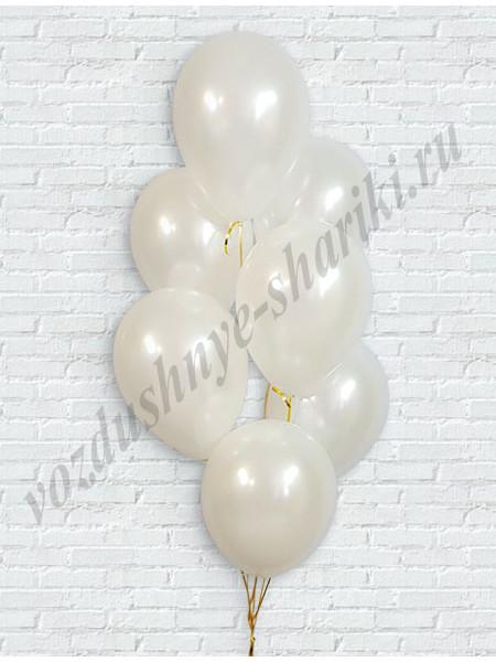 Белые шары перламутр